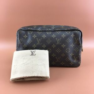 Preowned Louis Vuitton Trousse Toilette 28